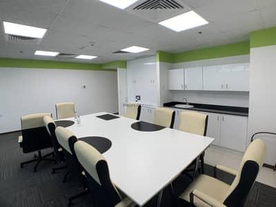 مکتب  للبيع في الخليج التجاري، دبي - Partly furnished office| Canal View| Call Today