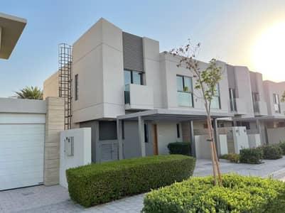 3 Bedroom Villa for Sale in Muwaileh, Sharjah - 3 Bedroom Corner Townhouse Villa , Up To 8% Discount
