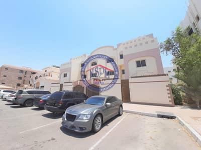 استوديو  للايجار في شارع المطار، أبوظبي - Outstanding & Huge Studio| No Commission| Brand New