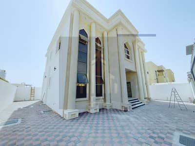 BRAND NEW MODREN STYLE VILLA AVAIBLE FOR RENT 5 BEDROOMS HALL IN AL RAWDA-1 AJMAN  RENT 95,000/- AED YEARLY