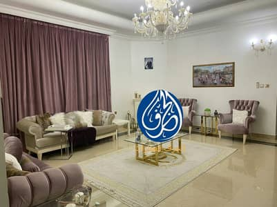 فیلا 5 غرف نوم للبيع في المويهات، عجمان - فيلا للبيع بمنطقة المويهات مع الكهرباء  والماء تملك حر تشطيب سوبر ديلوكس