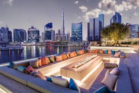 فلیٹ 5 غرف نوم للبيع في الخليج التجاري، دبي - Full Floor 5br + 2 Staff Rooms   Lavishly Furnished    Full Carnal View   Fully Furnished  