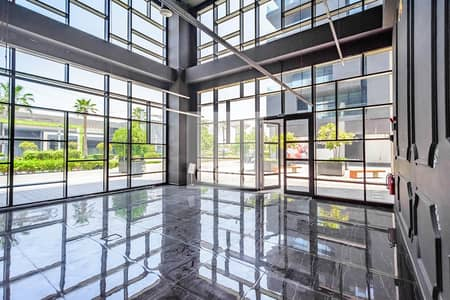 Shop for Rent in Jumeirah, Dubai - Fitted Retail | Prime Location | Low Floor