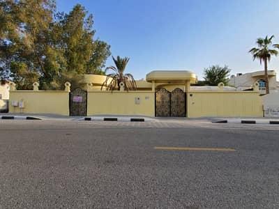 4 Bedroom Villa for Rent in Al Falaj, Sharjah - For rent villa in Sharjah / Al Falaj area