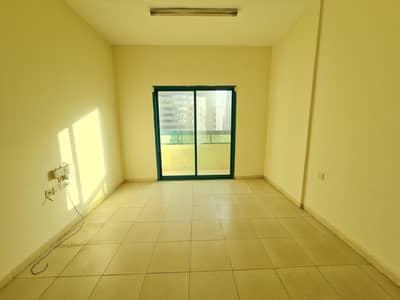 فلیٹ 1 غرفة نوم للايجار في النهدة، الشارقة - شقة في أبراج النهدة النهدة 1 غرف 17999 درهم - 5073141