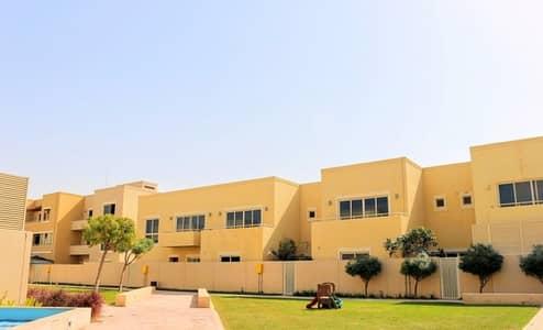 فیلا 3 غرف نوم للبيع في حدائق الراحة، أبوظبي - Perfectly Priced 3 BR Villa- Type A Layout !
