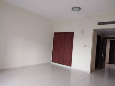 VERY NEAT CLEAN STUDIO WITH BALCONY IN GREECE CLUSTER IN INTERNATIONAL CITY@16000