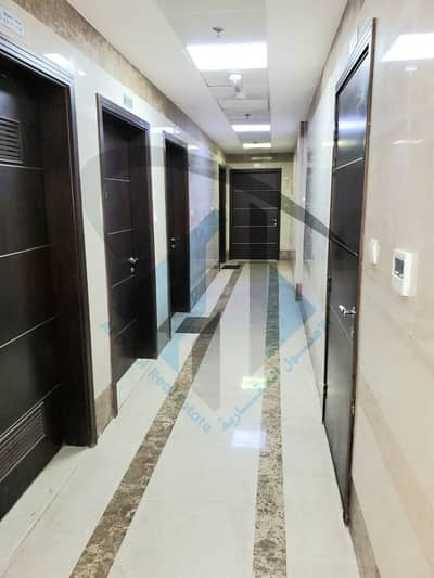 21 Bedroom Building for Sale in Al Hamidiyah, Ajman - For sale a residential and commercial building in Ajman Ground + mezzanine + roof 9500 sq. ft The number of units is 32 different units Income up to 9