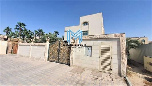 فيلا مجمع سكني 21 غرف نوم للايجار في مدينة خليفة أ، أبوظبي - 3 VILLAS Available Now! | Large Parking Space