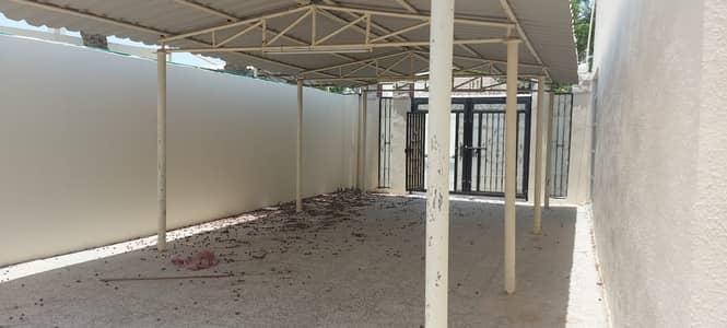 فیلا 4 غرف نوم للايجار في الجزات، الشارقة - فیلا في الجزات 4 غرف 70000 درهم - 5192075