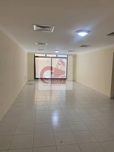 SPACIOUS 2BHK WITH BALCONY IN BUR DUBAI NEAR BY BURJMAN  METRO EXIT4 @75K