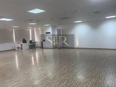 مکتب  للبيع في أبراج بحيرات الجميرا، دبي - Fitted Office   High Floor   Vacant