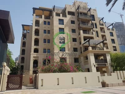 2 Bedroom Apartment for Rent in Old Town, Dubai - Spacious Apartment Cum Townhouse  With A Large  Garden Adjacent To Burj Khalifa
