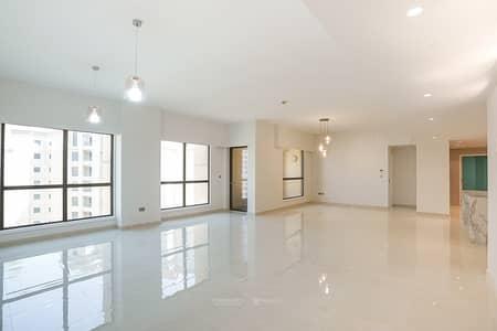 4 Bedroom Apartment for Sale in Jumeirah Beach Residence (JBR), Dubai - Fully Renovated   High Floor  Steps from the Beach