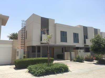 3 Bedroom Townhouse for Sale in Muwaileh, Sharjah - luxury villa / great finishing / big space