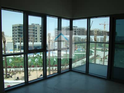1 Bedroom Flat for Rent in Dubai South, Dubai - Vacant 1BR Apartment  with Balcony Facing Pool & Park
