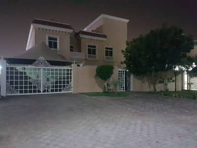 CLASSY 5 BR FOR SALE IN KHALIFA CITY (A)