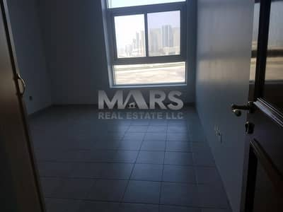 4 Bedroom Apartment for Rent in Al Zahiyah, Abu Dhabi - huge 5 bedroom apartment with maid room /very spacious .