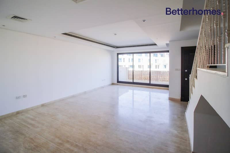 2 Modern finishing| Well-maintained| Spacious rooms
