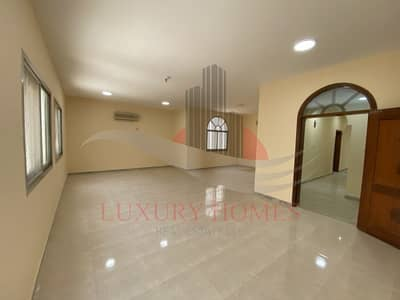 3 Bedroom Apartment for Rent in Al Jimi, Al Ain - A Sophisticated house with Balcony and Sunlit