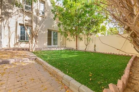 فیلا 2 غرفة نوم للايجار في الينابيع، دبي - Type 4M / Opposite Souk/ Single Row
