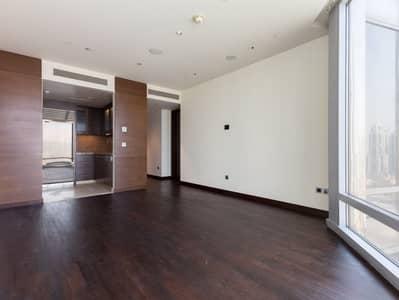 Studio for Rent in Downtown Dubai, Dubai - Full Lake View   Studio Apt   Burj Khalifa