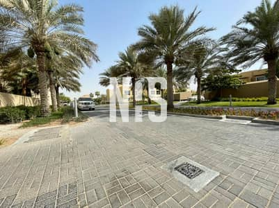 4 Bedroom Villa for Rent in Al Raha Gardens, Abu Dhabi - Villa Type 4A Modified to 5A | One Month Free | Private Pool