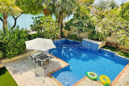 فیلا 5 غرف نوم للايجار في السهول، دبي - Fully Upgraded   Corner Plot   Full Lake View