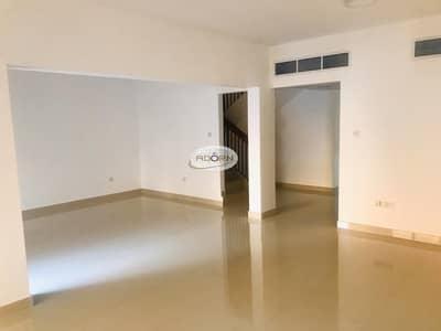 Nice 4 bedroom villa with shared pool jumeirah 1