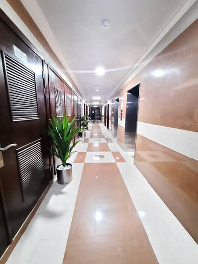 2 Bedroom Apartment for Rent in Muwaileh, Sharjah - Hot Offer? 2-BHK flat with ?3-washroom g+7 ?Full FAMILY Building? Frèe High Maintenance