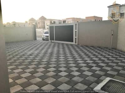 5 Bedroom Villa for Sale in Al Mowaihat, Ajman - New villa, artist finishing, more than wonderful location, commercial residential, fully finished