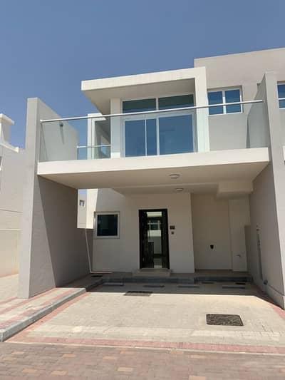 تاون هاوس 3 غرف نوم للبيع في أكويا أكسجين، دبي - فيلا للتملك الحر داماك هيلز 894000 درهم