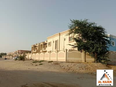 6 Bedroom Villa for Sale in Al Rawda, Ajman - For sale, a very clean villa on the corner of a street with electricity, water and air conditioners. Split in Al Rawda 3 area in Ajman with the possib