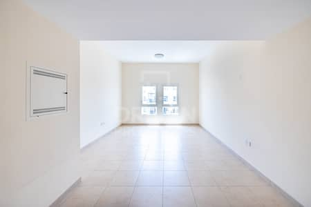 3 Bedroom Apartment for Rent in Remraam, Dubai - Modern Designed Villa | Family Friendly