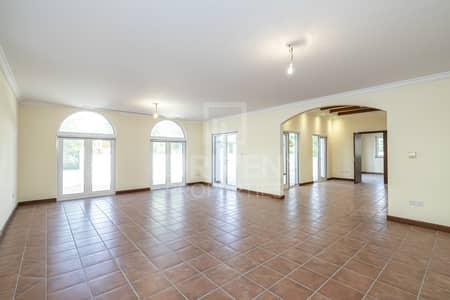 5 Bedroom Villa for Rent in The Villa, Dubai - Single Row   Valencia Type   Impressive