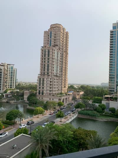 2 Bedroom Apartment for Rent in The Views, Dubai - LAKE View 2 BR Well Maintained 2.5 Bath Travo at Views -