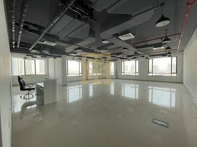 مکتب  للايجار في قرية جميرا الدائرية، دبي - Fully Fitted   Vacant   Prime Location   Office Space