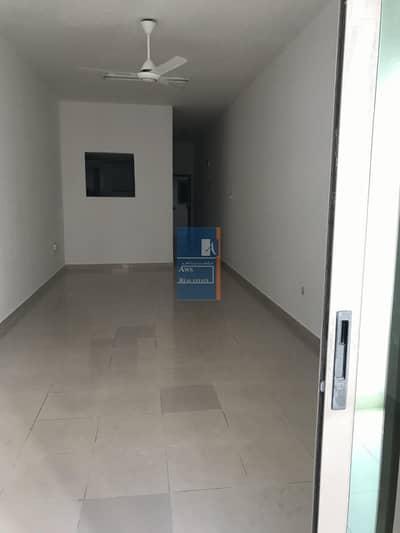 استوديو  للايجار في ديرة، دبي - SPACIOUS STUDIO AVAILABLE FOR FAMILY ONLY-OPPOSITE TO AL BARAHA  HOSPITAL