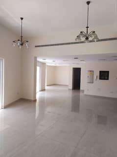Best Location 4 B/r villa in Reshidiya for rent