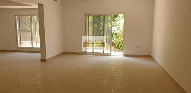 4 Bedroom Villa for Rent in Al Karamah, Abu Dhabi - Well Price Extra Ordinary 4BR Villa in Karama