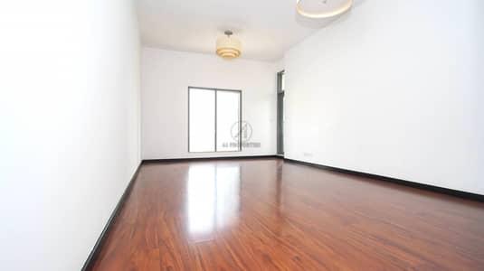 1 Bedroom Flat for Rent in Jumeirah Lake Towers (JLT), Dubai - Upgraded - High Floor Facing Lake - AC Free