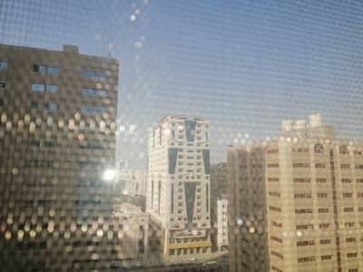 فلیٹ 1 غرفة نوم للايجار في القاسمية، الشارقة - شقة في القاسمية 1 غرف 14000 درهم - 5214607
