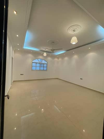 فیلا 3 غرف نوم للايجار في مدينة الفلاح، أبوظبي - فیلا في مدينة الفلاح 3 غرف 90000 درهم - 5215716