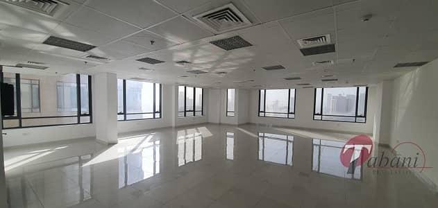 مکتب  للايجار في قرية جميرا الدائرية، دبي - Ready to move fitted office for rent in JVC