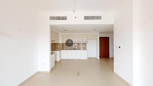 فلیٹ 2 غرفة نوم للايجار في تاون سكوير، دبي - Bright Interiors | Top Floor | Pool view