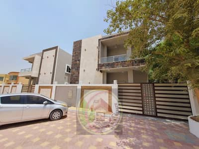 5 Bedroom Villa for Sale in Al Rawda, Ajman - The villa is characterized by a very modern design and the finishing is more than wonderful, free ownership for all nationalities directly from the ow