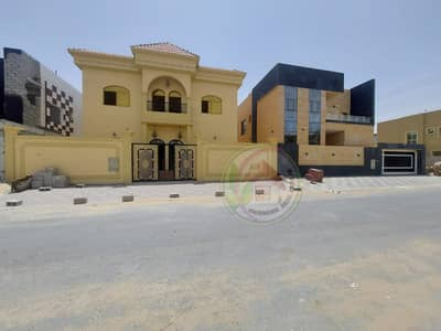 5 Bedroom Villa for Sale in Al Yasmeen, Ajman - For sale, an Arab design villa, freehold for all nationalities, with the right to bequeath, an excellent location and an appropriate price