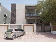 Modern design villa for sale with large land and building area, excellent location, freehold for all nationalities, with the possibility of bank finan