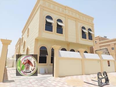 فیلا 5 غرف نوم للبيع في الحليو، عجمان - فيلا تصميم عربي بمنطقة الحليو للبيع بدون دفعه اولى والسعر قابل للتفاوض الفيلا تملك حر لجميع الجنسيات