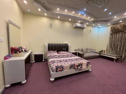 Hot Offer! 5bhk Villa+Majlis With Big Parking Space 5500 sqft